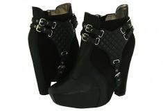 Sam Edelman 'Zoe' boots cause a stir