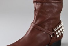 Hey there little stud: the Be & D Memphis Stud Stirrup boots