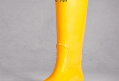 Haute holiday pick: DKNY for Clicquot in the Snow rubber boots