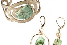 Target finds: Brown Stone Circle Cuff Bracelet and Circle Green Stone Drop Earrings