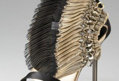 Wearable art: Diego Dolcini Fanned Zip-Back sandals
