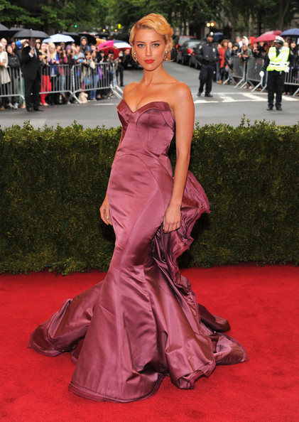 MET Gala Amber Heard in Zac Posen