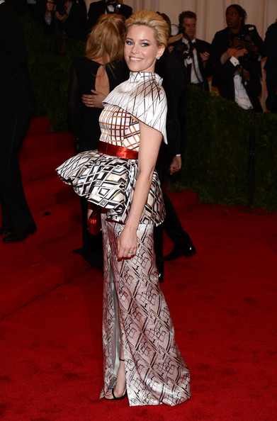 MET Gala Elizabeth Banks in Mary Katrantzou