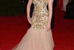 MET Gala Scarlett Johansson in Dolce & Gabbana