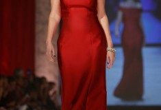The Heart Truth - Savannah-Guthrie in Carolina Herrera