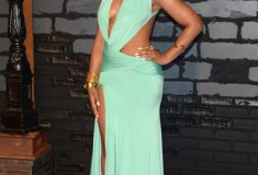 Ashanti attends the 2013 MTV Video Music Awards