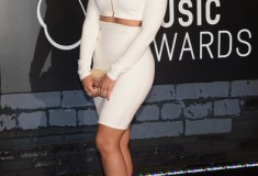 Jordin Sparks attends the 2013 MTV Video Music Awards