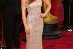 Oscars - Jessica Biel in a Chanel Couture gown