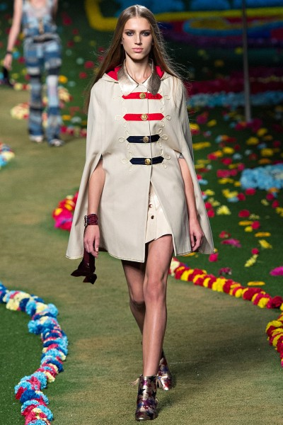 Estelle in a Spring 2015 Tommy Hilfiger military cape/poncho at the Tommy Hilfiger and GQ event honoring The Men Of New York