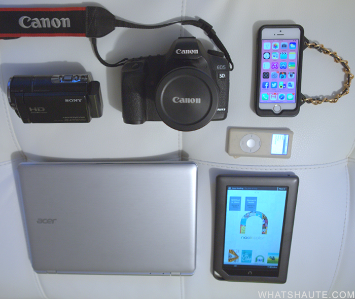What to pack for an around the world trip: tech tools - Canon 5D, Barnes & Noble Nook, Acer notebook, Sony Handycam, iPod and iPhone
