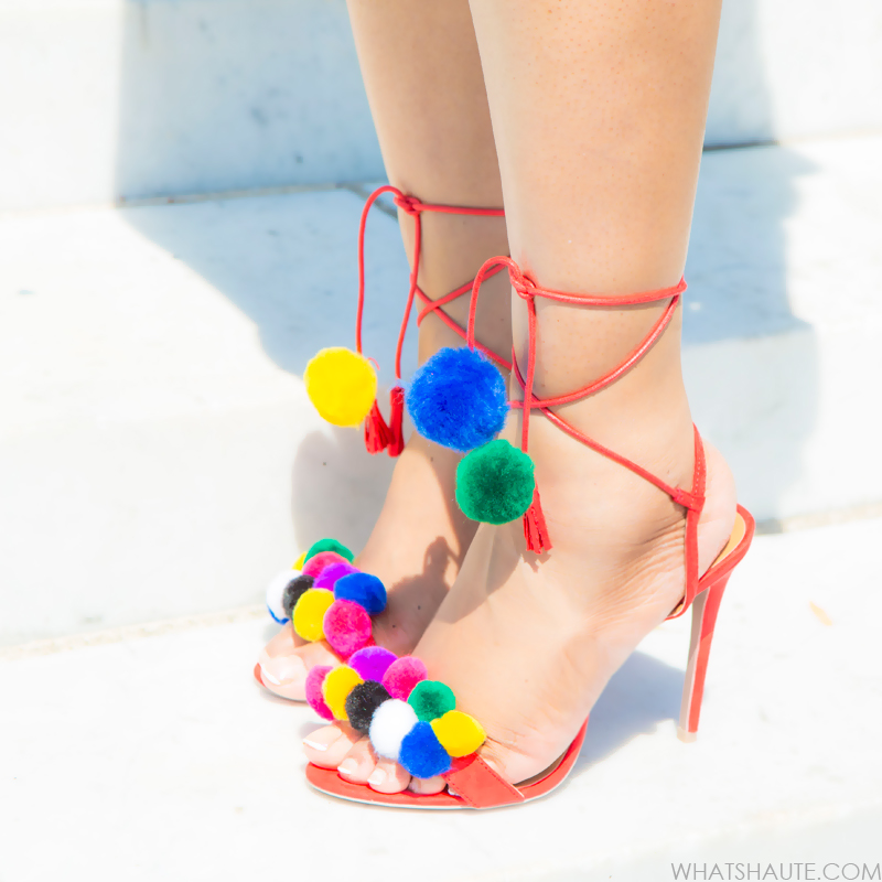 Tutorial: DIY Tassel Pom Pom Sandals