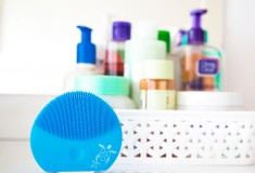 My Review of the FOREO LUNA Mini 2, Plus Learn About Their Efforts to 'Save the Sea'!