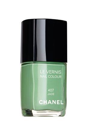 Chanel Jade green nail polish