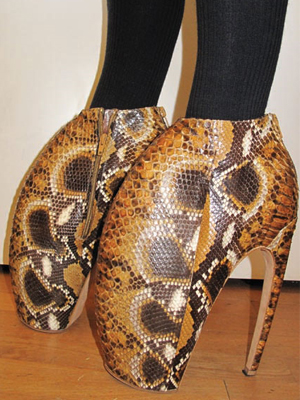 Alexander McQueen mega heels at London fashion week the armadillos British Vogue UK