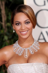 Beyonce at the 2009 Golden Globes