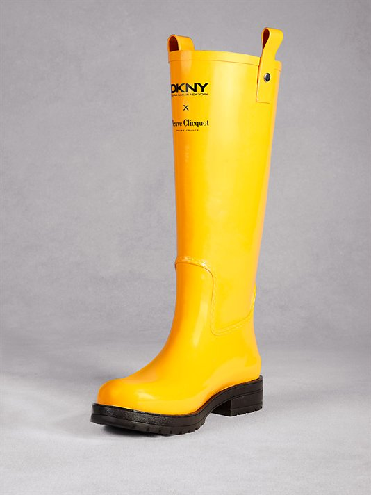 Haute holiday pick: DKNY for Clicquot in the Snow rubber