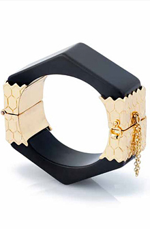 Belle Noel Thick Honey Hexagon Cuff in Gold