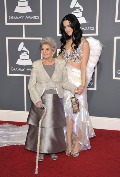 Katy Perry and grandmother Ann Grammys angel wings