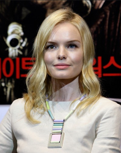 Kate-Bosworth-Jewelmint-Nicolas-necklace