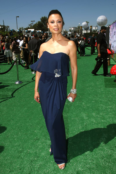 Actress Valarie Pettiford arrives at the BET Awards '11 held at The Shrine Auditorium on June 26, 2011 in Los Angeles, California