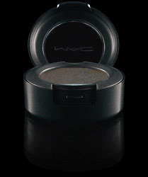 MAC-Blogger's-Obsessions-Collection-Hocus-Pocus-Eyeshadow
