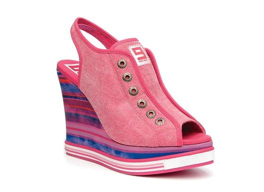 Nine West Original Sneakers pink striped wedge
