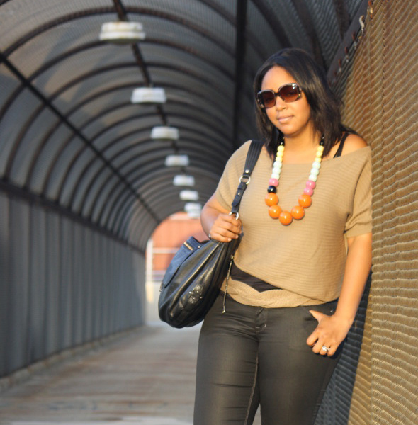 my style french connection necklace covet top h&m jeans fendi sunglasses street style