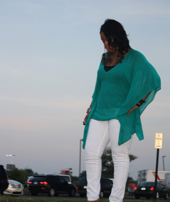 My-style-Twelfth-Street-by-Cynthia-Vincent-batwing-style-tunic-top-white-James-Jeans-Max-Studio-platforms-peacock-feather-earrings-3