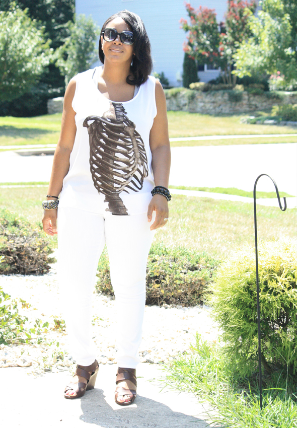my-style-e.vil-ribcage-top-white-james-jeans-tods-sunglasses-2
