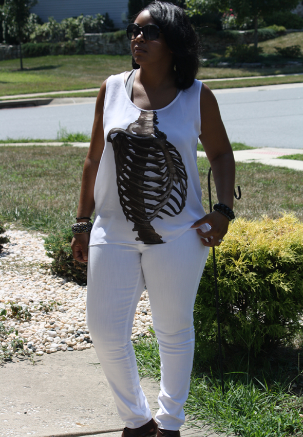 my-style-e.vil-ribcage-top-white-james-jeans-tods-sunglasses-3