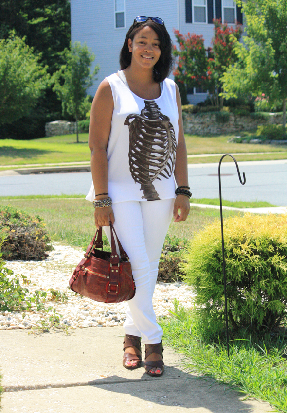my-style-e.vil-ribcage-top-white-james-jeans-tods-sunglasses-4