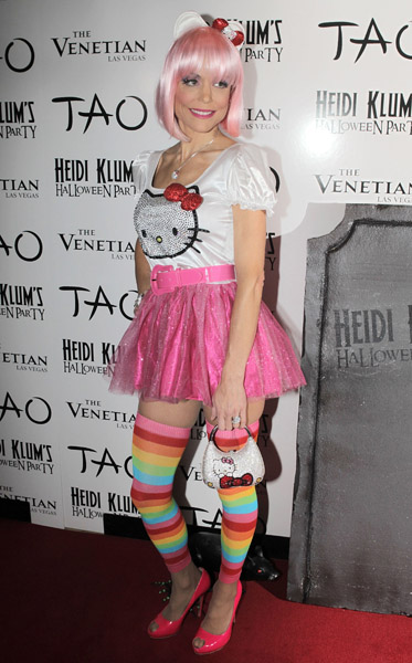 The best and worst celebrity halloween costumes of 2011 what s haute