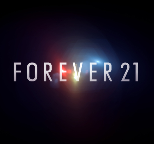 Forever-21-NYC-Hologram-Fashion-Show