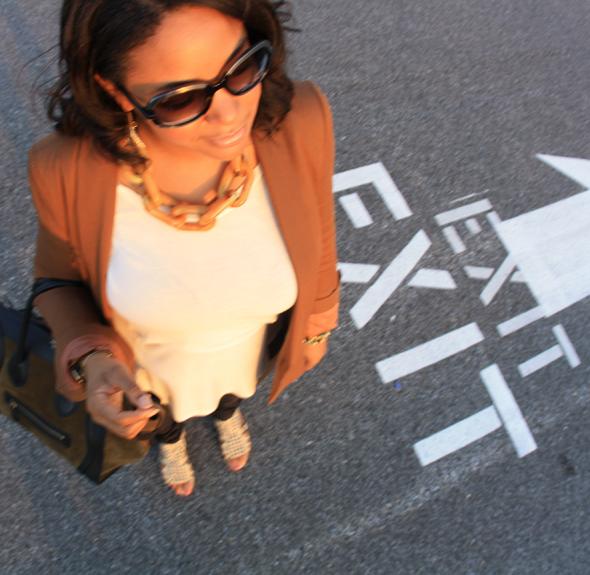 My-style-Baltimore-Celine-Luggage-Tote-Zara-blazer-BB-Dakota-top-DvF-leggings-Kelsi-Dagger-sandals-top