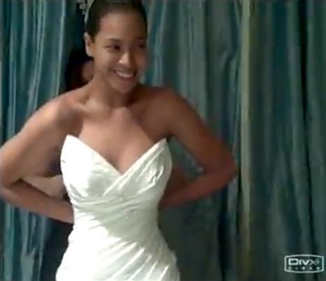 Beyonce Reveals Her Wedding Dress