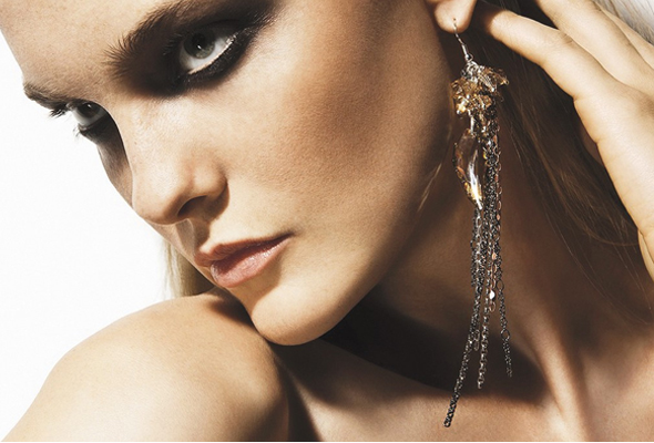Coco-Rocha-for-Senhoa-jewelry