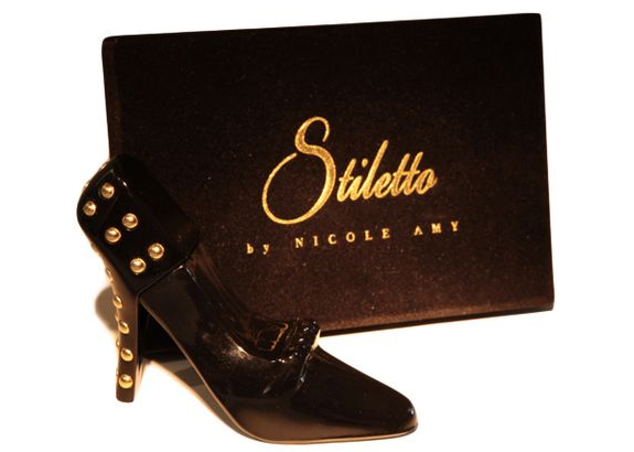 Stiletto-fragrance-by-Nicole-Amy-bottle
