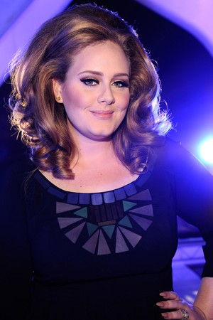 Adele to cover Vogue Magazine