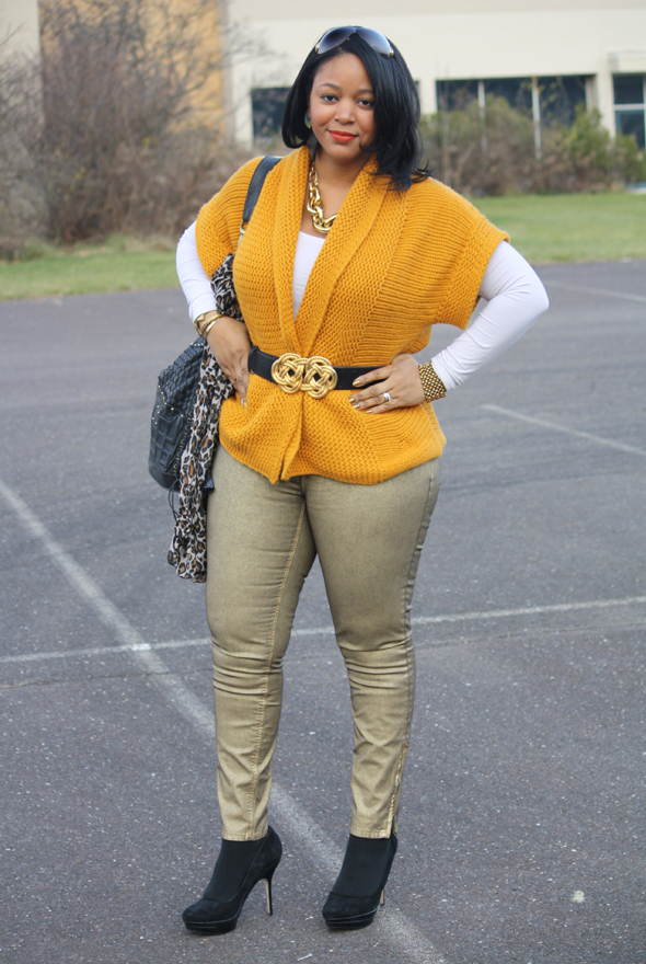 Versace sunglasses yellow sweater H&M leopard scarf gold Zara jeans Charles David pumps Cleobella bag Kenneth Jay Lane belt Ben Amun link necklace  4