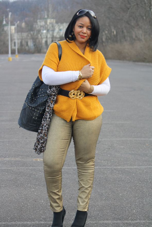 Versace sunglasses yellow sweater H&M leopard scarf gold Zara jeans Charles David pumps Cleobella bag Kenneth Jay Lane belt Ben Amun link necklace  6