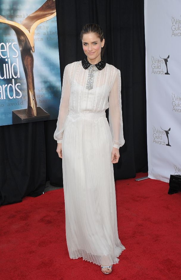 Amanda Peet at 2012 Writers Guild Awards in Pre-Fall 2012 white chiffon long sleeved gown with black and silver embellished collar by ALBERTA FERRETTI