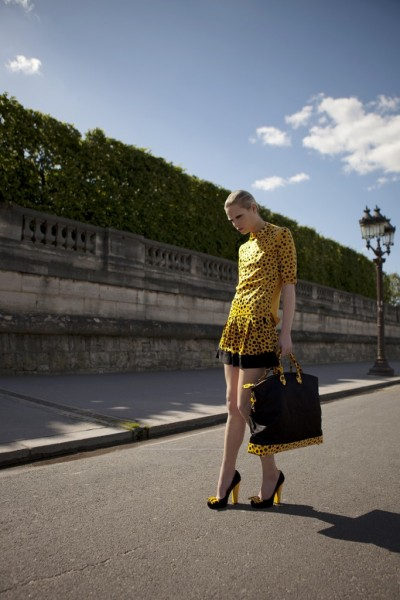 A look from the Louis Vuitton collection done in collaboration with Yayoi Kusama