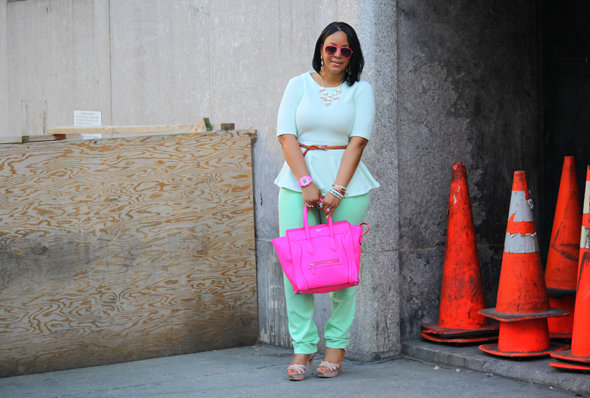 My style - mint H&M peplum top BDG jeans flouro pink Celine Luggage Tote pink sunglasses Vince Camuto sandals 3
