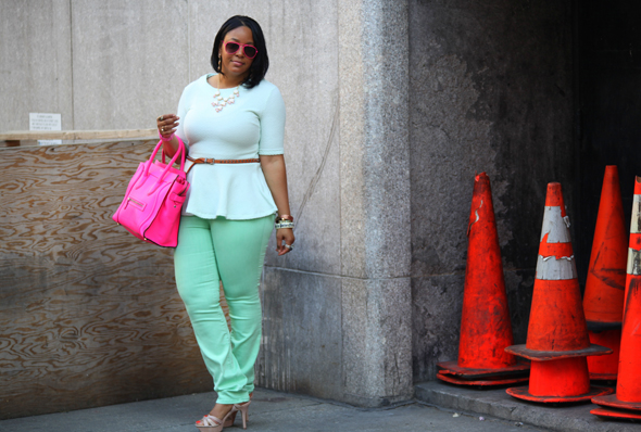 My style - mint H&M peplum top BDG jeans flouro pink Celine Luggage Tote pink sunglasses Vince Camuto sandals 4