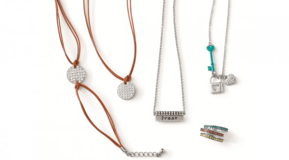 Lia Sophia launches 'Sisters' teen jewelry line