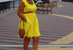 My style: Sunshine at the beach (H&M dress + Bottega Veneta sandals + Galliano Leather Heart Bag)