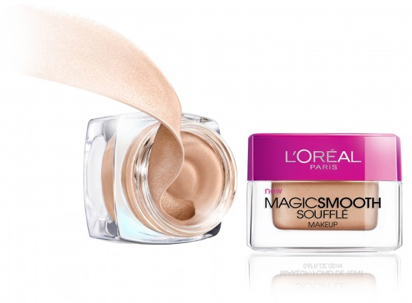 L'Oreal Paris Studio Secrets Magic Smoothing Souffle Makeup