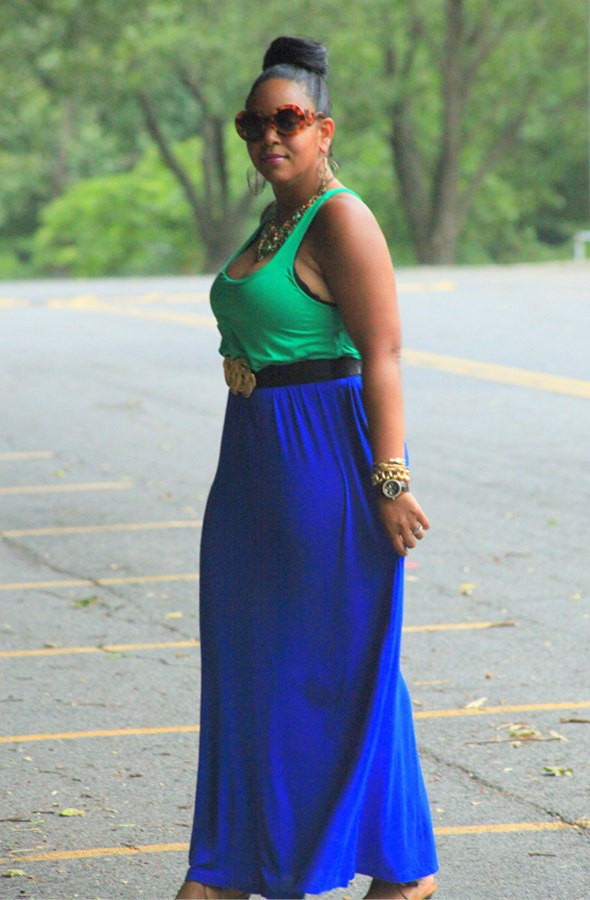 My style: Green and blue two-tone maxi dress, Zara colorblock sandals, Kenneth Jay Lane Leather Belt, Prada Baroque round sunglasses