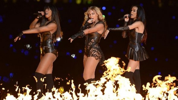 Beyonce and Destiny's Child in Rubin Singer at the Super Bowl