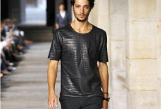 Haute fashion + celeb news roundup: Hermes sells a $91,500 crocodile T-shirt; four signs to spot a real Louis Vuitton bag & Kim Kardashian's most body revealing pregnancy looks
